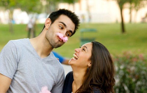 «Шутить или не шутить — вот в чем вопрос…», — Спросим мы, перефразируя классика. Опасен ли для отношений юмор? И если шутить с любимым мужчиной, существуют ли какие-то запретные темы?